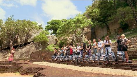 Asia Express - Sezonul 2 - Episodul 1